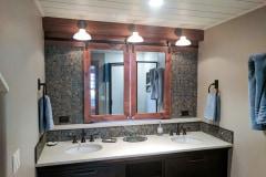 shutter_mountain_bathroom_1
