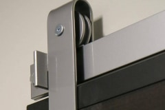 Standard Series hardware with PC Chrome finish